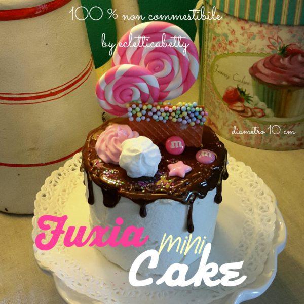 Fuxia mini cake