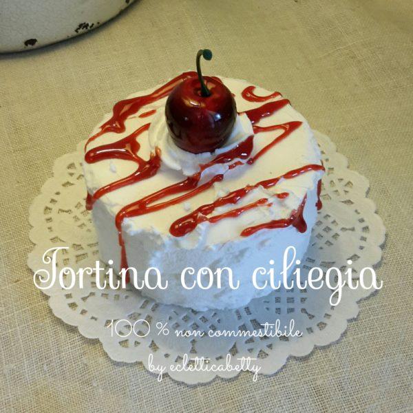 Tortina con ciliegia