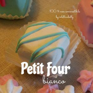 Petit Four bianco