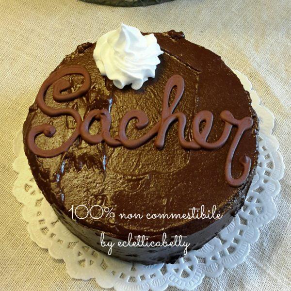 Sacher 10 cm
