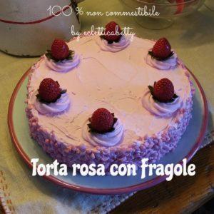 Torta rosa con fragole 21 cm