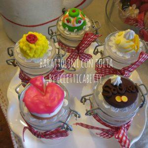 Barattolino con torta intera – su ordinazione