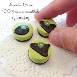 Pasticcino al kiwi con cioccolato 1,5 cm