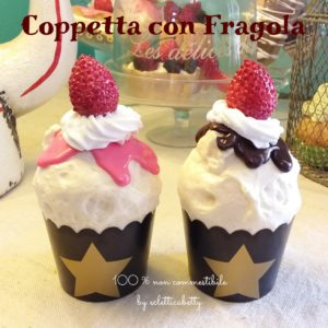Coppetta alla fragola