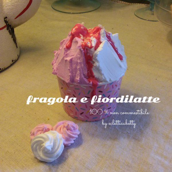Coppetta gelato Fragola e Fiordilatte C rosa