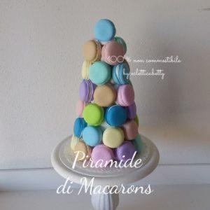 Piramide di macarons h 24 cm