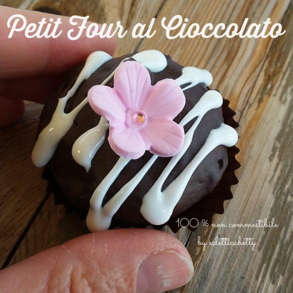 Petit Four al Cioccolato