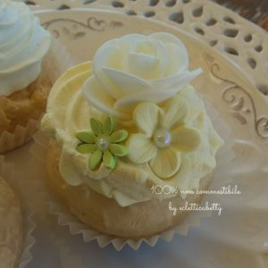 Butter Shabby Cupcake