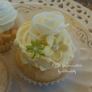 Butter Shabby Cupcake