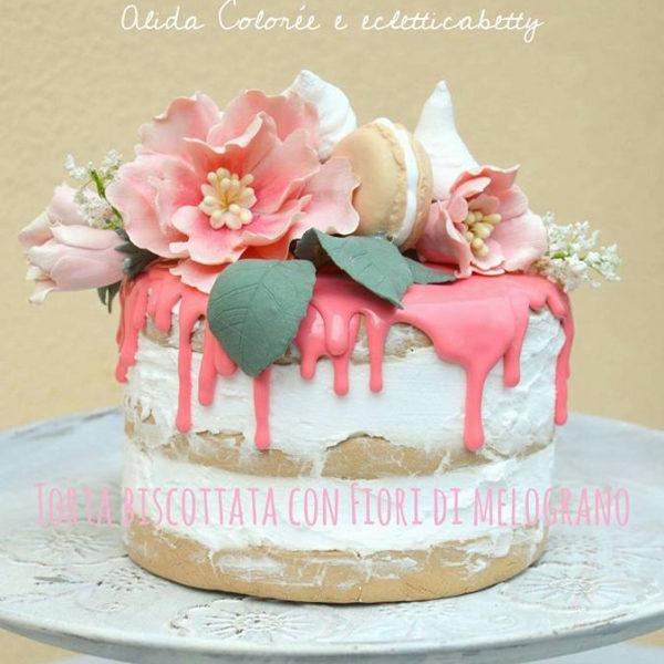 Torta biscottata ai fiori di melograno