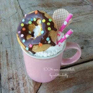 Dolcezza Pop in tazza rosa