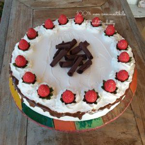 Torta pannosa con Fragole 30 cm