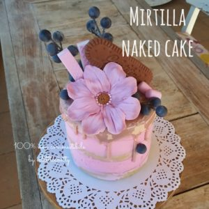 Mirtilla naked cake
