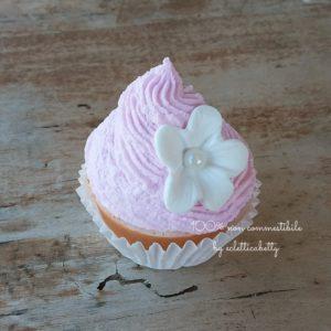 Cupcake shabby fiore bianco