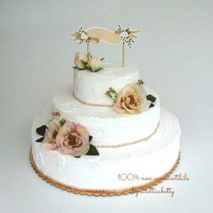 Shabby Wedding cake bianca con fiori miele