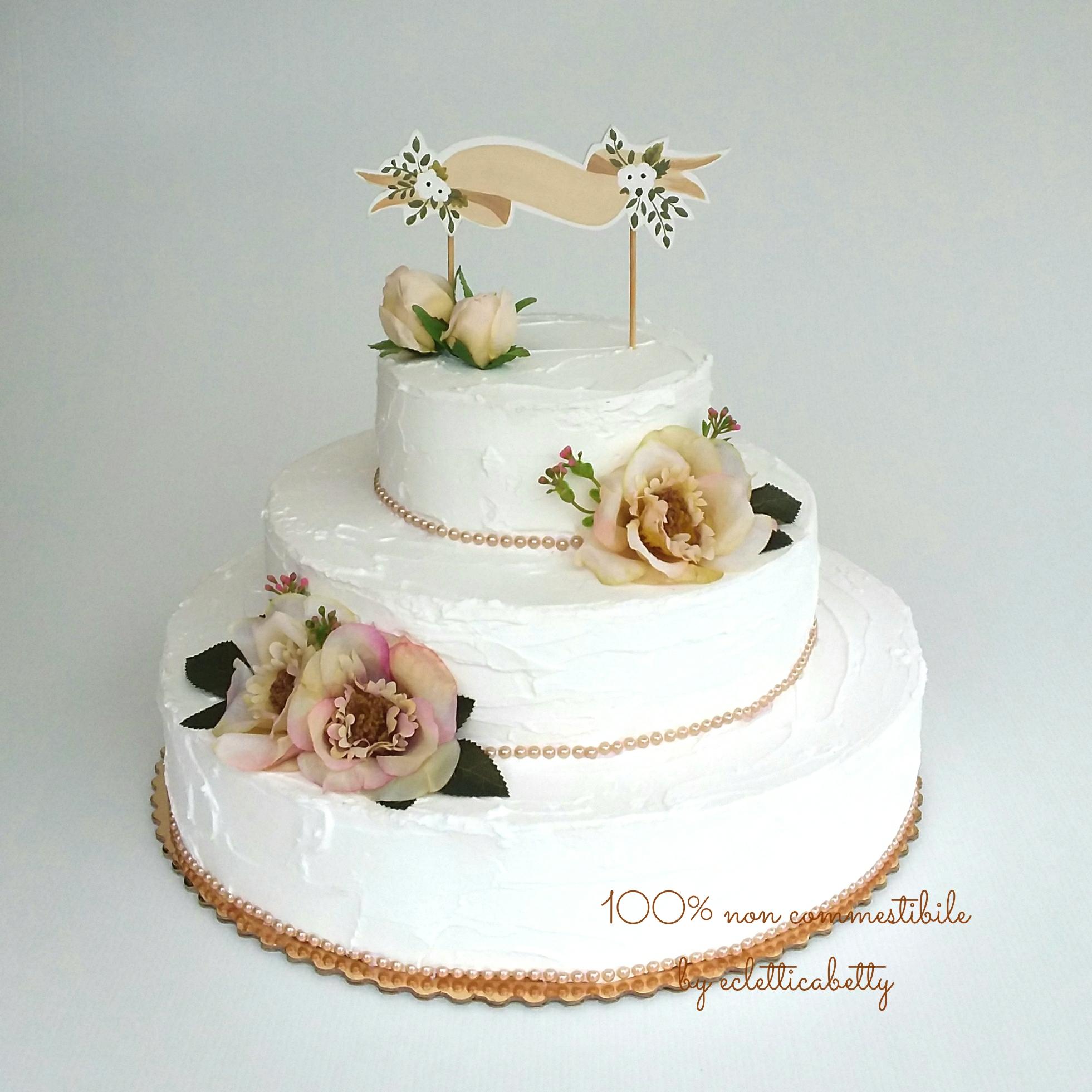 Shabby Wedding Cake Bianca Con Fiori Miele Ecletticabetty