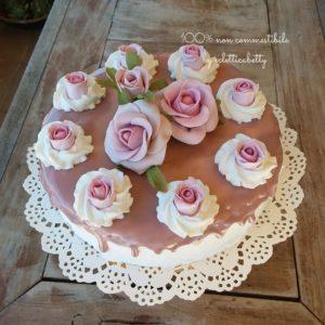 Torta con rose Shabby