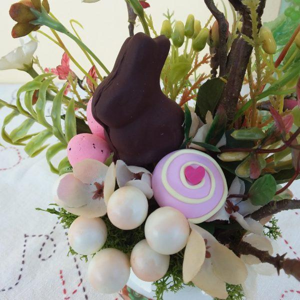 Lattiera decorata fiori e coniglietto