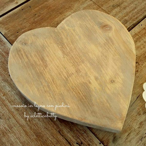 Vassoio di legno a cuore con Dolci misti