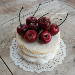 Millefoglie con ciliegie 10 cm