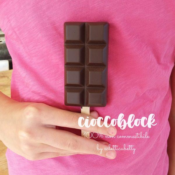 Cioccoblock gelato al cioccolato su stecco