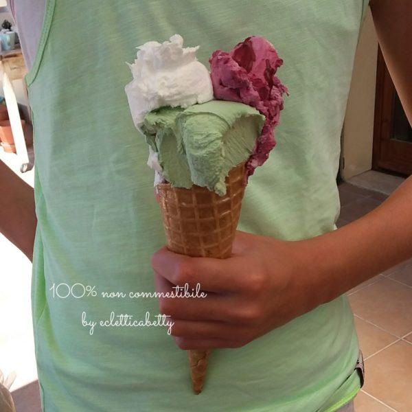Maxi Cono gelato pistacchio, fiordilatte e amarena