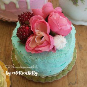 Petit Bijou verde pastello con fiori e frutti
