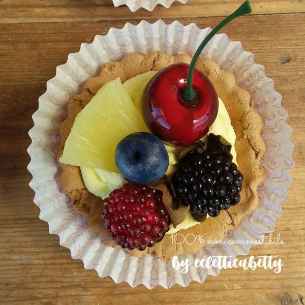 Crostatina frutti rossi e ananas