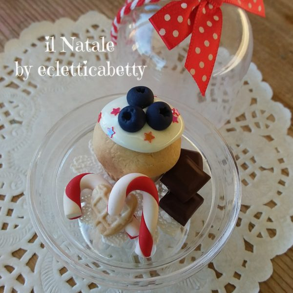 Alzatina da appendere con cupcake e candy cane Ø 5 cm