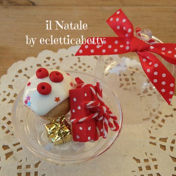 Alzatina da appendere con cupcake e pacchetti Ø 5 cm