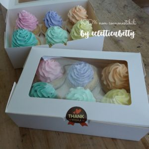 6 Cupcakes pastello in scatola regalo