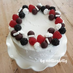 Torta lamponi, more e cioccolato 15 cm