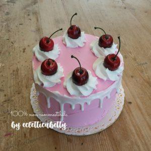 Cerise cake 15 cm
